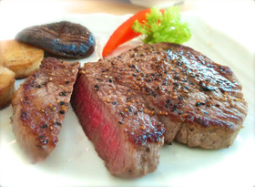 安いお肉でも美味しいペッパーステーキ