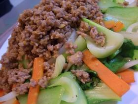 ボリューム満載!青梗菜と挽肉野菜炒め♪