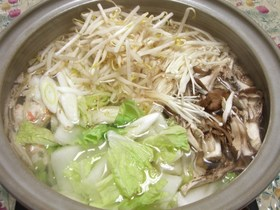 超簡単!おいしい塩ちゃんこ鍋のスープ