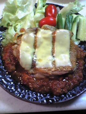 チーズチキン、トマトソースで召し上がれw