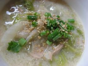 白菜とツナの豆乳みそスープ