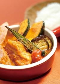 ソーセージと夏野菜のスープカレー