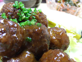 カレー風味☆甘酢肉団子