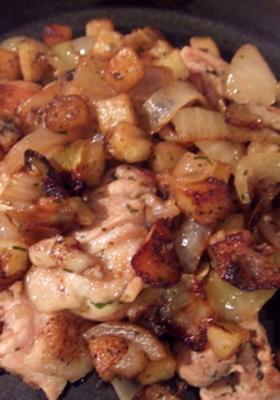 鶏肉とポテトのガーリックアンチョビソテー