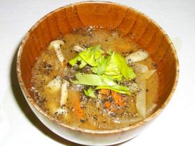 夏バテ体にいいお味噌汁(にんにく+ごま)