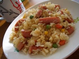 コンソメ マヨネーズ炒飯