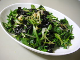 韓国風春菊サラダ