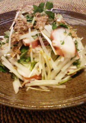 明石タコと大根のサラダ