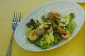 エビとアボカドのサラダ