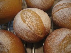 ○ 全粒粉の素朴なパン ○