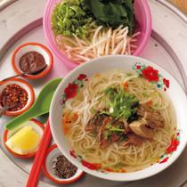 ブン・ボー・フェ(フェ風牛肉の辛味汁麺)