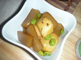 里芋と蒟蒻の甘辛煮