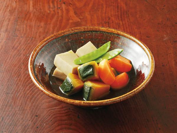 高野豆腐と野菜の炊き合わせ