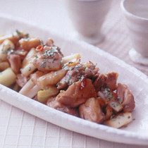 鶏肉のピリ辛炒め