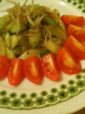 セロリとジャコの炒め物
