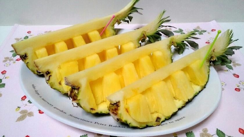 簡単!パイナップルの飾り切り♡