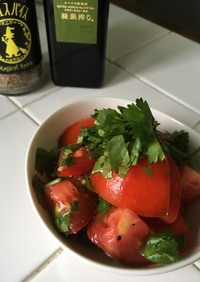マジカルスパイス トマトのサラダ