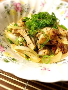 【京都丹波】鶏もも肉と新玉葱のレモン炒め