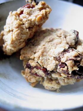 レーズン&ピーナツ ざっくりクッキー