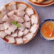 ゆで豚肉のライスペーパー巻き