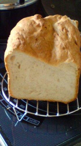 1切れ192K㌍全粒粉入りパン