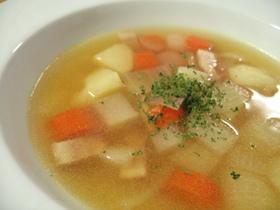 【根菜たっぷり】あったかコンソメスープ