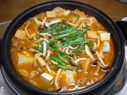 おいしー チゲ鍋☆キムチ鍋