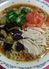 夏野菜と鶏肉でさっぱり冷やしラーメン