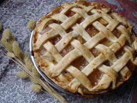 パイのコツつき♪りんごとさつまいものパイ
