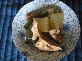 秋満喫♪鮭と大根の煮つけ