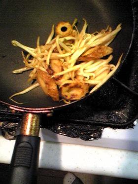お弁当に23ちくわともやしのカレー炒め