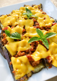 簡単*茄子とケチャそぼろのチーズのせ