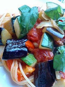コンタディーノ☆野菜のトマトソースパスタ