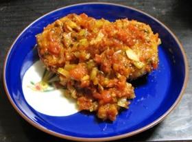 蓮根バーグのトマトソース煮込み