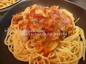 チキンとトマトのぐつぐつパスタか、スープ