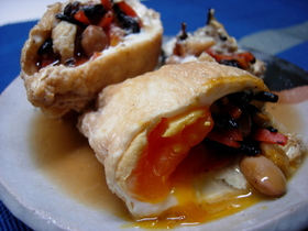 美味しい♪ひじき煮と卵の巾着
