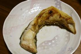 魚焼きグリル☆ブリのカマ焼き
