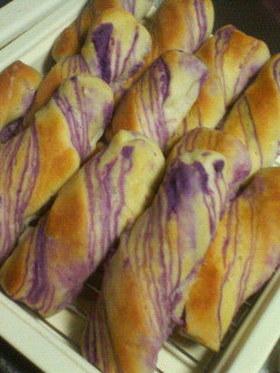 折り込みパン☆紫いもクリーム