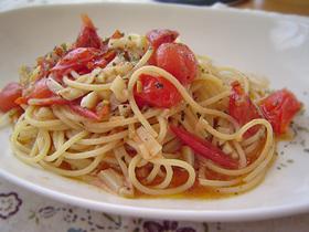 プチトマトとアンチョビのスパゲティ