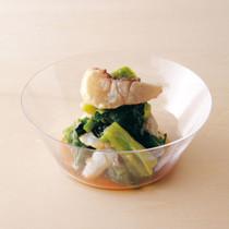 レタスと鯛の湯引きサラダ
