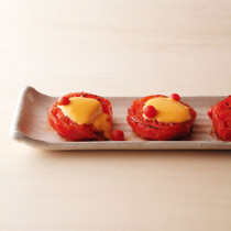 焼きトマトの黄身酢がけ
