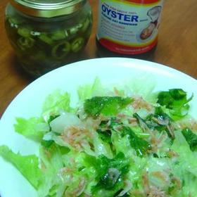 レタスの簡単エスニックサラダ