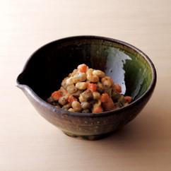 大豆と根菜のサラダ