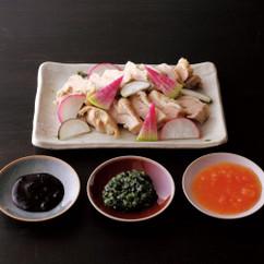 ゆで鶏のいろいろ野菜ソース