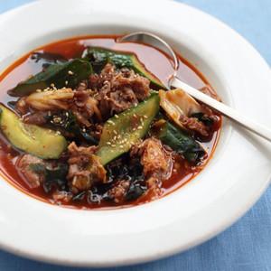 きゅうりと牛肉のキムチスープ