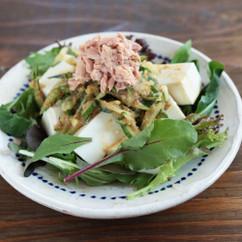きゅうりのみそおかかあえの豆腐サラダ