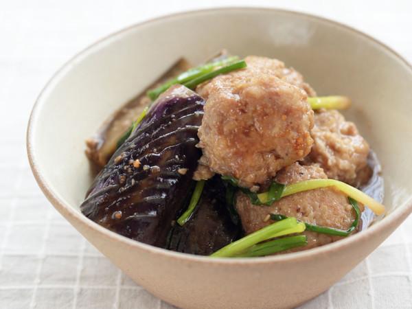 鶏団子となすの焼き肉のたれ煮