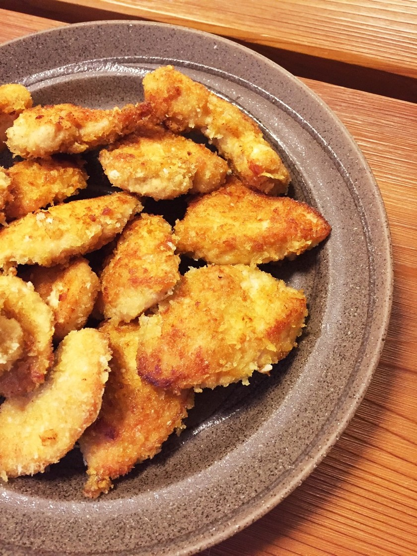 鶏胸肉でチキンカツ風パン粉焼き♪