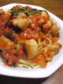 チキンとほうれん草のトマトスパゲッティ