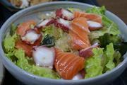 海鮮サラダの写真